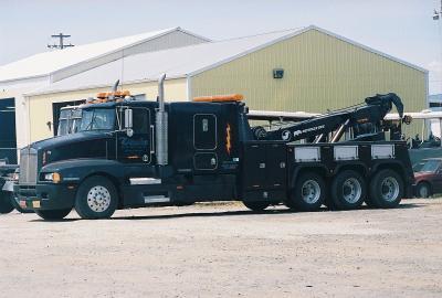 Heavy-duty towing service