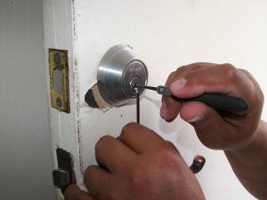 locksmith scams